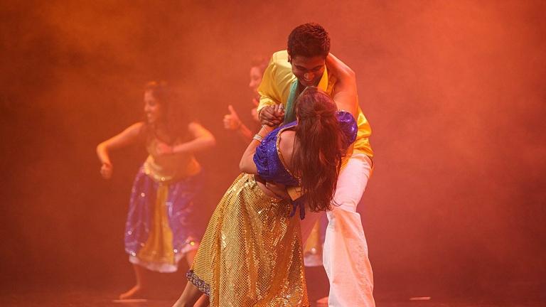 Ishaara Bollywood Dance Troupe