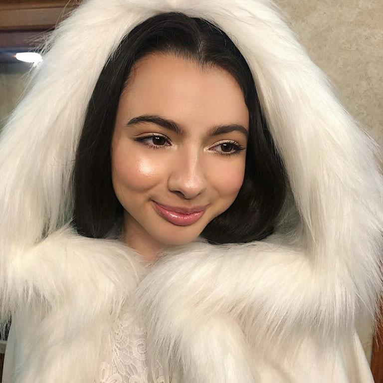 Laura Bretan, Romania's Got Talent Winner & AGT Star ...  |Laura Bretan